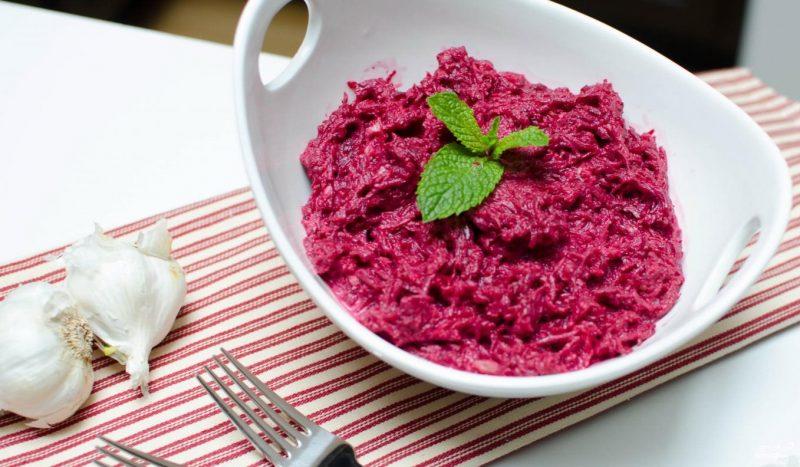 9 Рецептів салату з вареного буряка