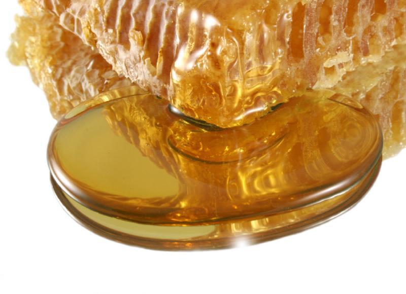 Чи повинен гірчити мед і чому це відбувається причини, відео та фото