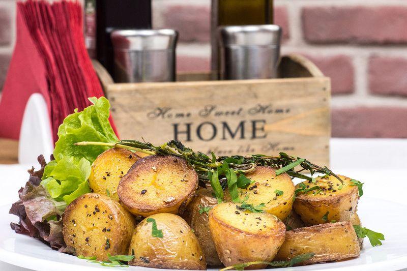 Як запекти картоплю