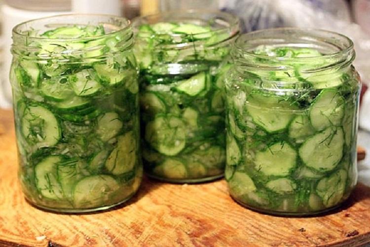 Салати з огірків на зиму