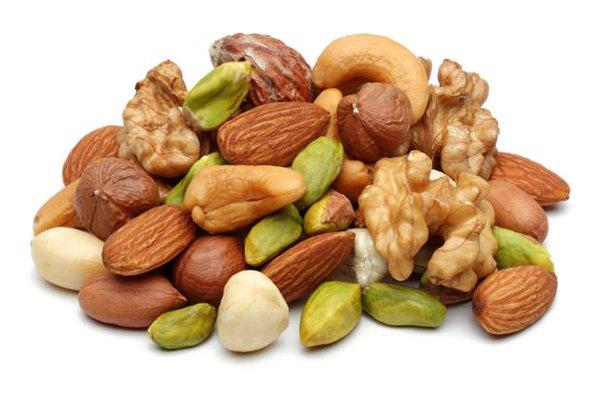 Скільки горіхів можна з'їдати в день